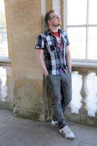 Dan Thompson Author Pic (2)