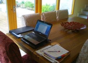 LP desk (2)
